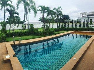 4 BR 5 Bath Modern Luxury Pool Villa 'Stunning'