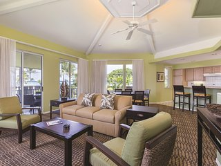 Family-Friendly Suite w/ Free WiFi, Resort Pools, Hot Tubs & Nearby Golf Course