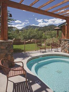 WorldMark Estes Park outdoor pool