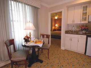 Inn at the Opera - Concerto Studio Suite WVR