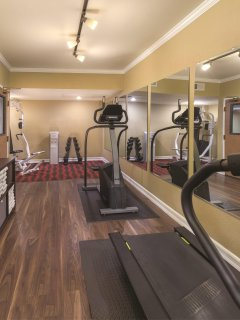 Peacock Suites fitness area