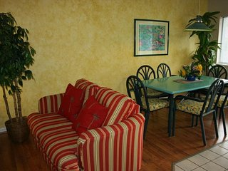 Florida Vacation Villas - Two Bedroom Condo WVR