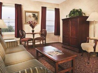Wyndham Bay Voyage Inn - One Bedroom Deluxe WVR
