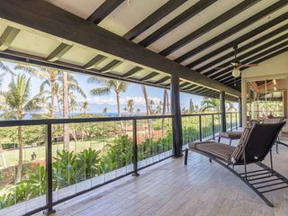 Golf Course Home in Ka'anapali - Ocean Views - Lanai - Free WiFi!