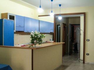 Luminoso appartamento per famiglie in centro e vicino alla metropolitana