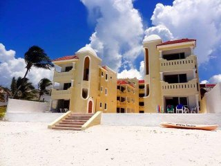 Progreso Sol y Mar by Anna main floor ocean front