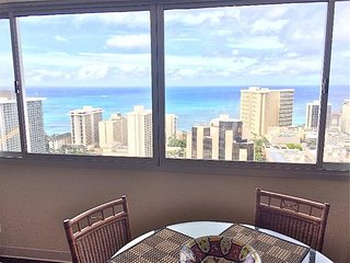 Awesome Waikiki Ocean Views, 1 Bedroom / 43rd Floor