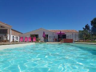 Maison proche plage avec piscine chauffée, 12 personnes