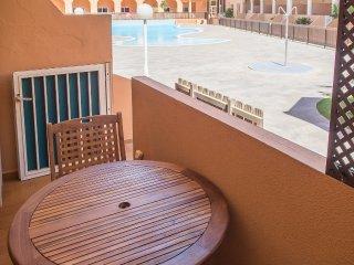 Apartamento con dos terrazas y piscina