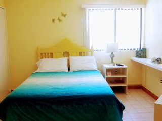 I GOOD LOCATION AND PRICE, NICE, CLEAN AND COMFORT