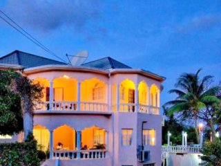LUXURY OCEAN VIEW VILLA Vacation retreat — gracious, elegant, and serene.