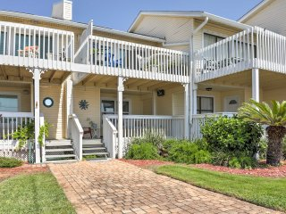 New! 2BR Destin Townhome w/Great Oceanfront Views!