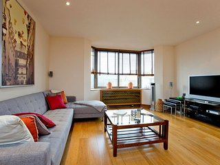 Emperor's Gate apartment in Kensington & Chelsea with WiFi & lift.