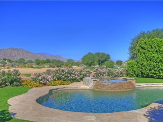 164LQ  Stunning Mountain & golf course views