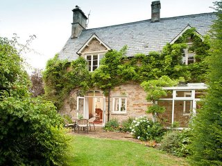 Lodge Cottage - Holiday Cottages in Cotswolds