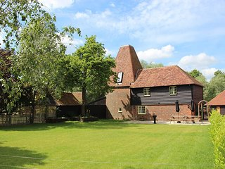 A stylish oast conversion on the 'Darling Buds of May' farm in beautiful