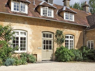 Newmarket Cottage - Holiday Cottages in Cotswolds