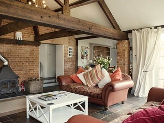 Elliotts Barns - Holiday Cottages in Devon