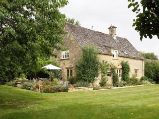 Bookers Cottage - Holiday Cottages in Cotswolds