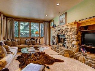 Highlands Lodge 106