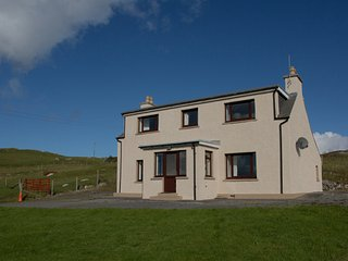 Corran, self catering holiday house,  Luskentyre
