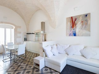 Sotto Le Stelle: luxurious star-valuted studio apartment with large roof terrace