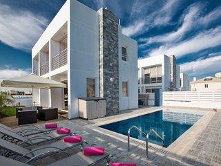 Cyprus In The Sun Villa Pearl 14 Gold