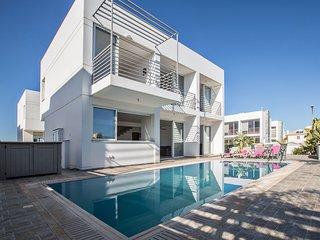 Cyprus Villa Pearl 15 Gold