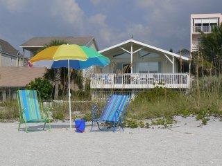 FL Sundowner Upscale Gulffront Beach House
