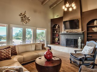 Luxury Estate on 5 Acres in the Best Part of Scottsdale!
