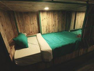 D-green Hostel