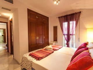 Great Triana Apartment on Pedestrian Street. Sevilla.