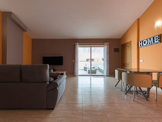 F&M Luxury Penthouse in Telde with PS4, Netflix, WIFI, terrace and more