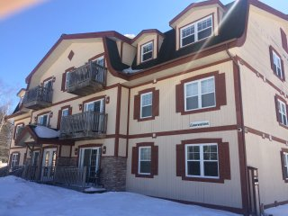 2 bedrooms condo for the christmas week in mont tremblant