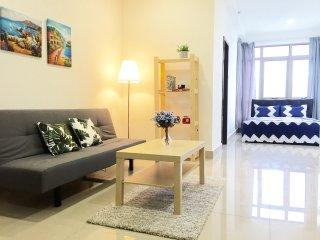 Cyberjaya Vintage Suite Near Putrajaya & KLIA Ekspres