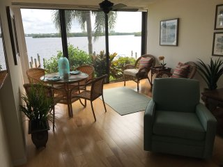 Condo with breathtaking View of Sarasota Bay