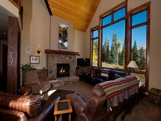 Luxury Home Across from Purg - Great Views, Deck - Free Ski Shuttle
