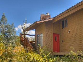 Lake View House. Private Home w Multiple Decks, Lake View, Purgatory Resort Area