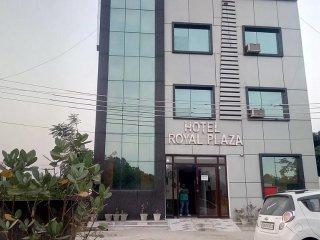 Hotel Royal Plaza A Modern Class Budget Hotel in Haridwar Near Har Ki Pauri