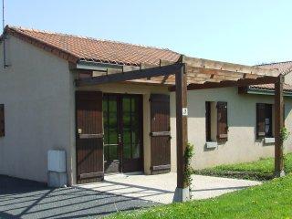 Location Villas jusqu'à 6 personnes avec accès Base de Loisirs