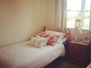 Cosy, comfy, single room in quiet neighbourhood in Wells-Next-The-Sea