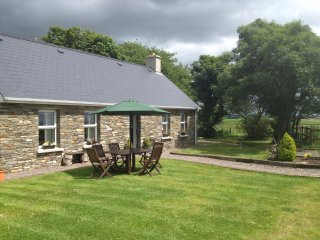 Luxury 2 Bedroom Cottage near beautiful villages of Castletownshend & Glandore