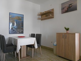 Charming apartment near center and Zrće beach