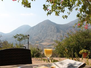 Mirador de la Era, Villa con impresionantes vistas y piscina todo el año.