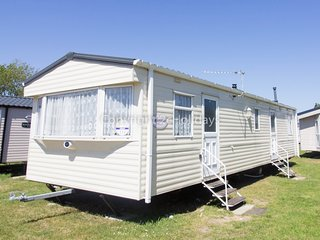 8 berth caravan at Seashore Haven Holiday Park. In Great Yarmouth. REF 22111G