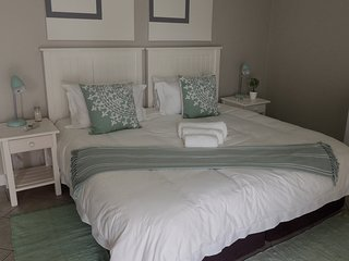 La Mer Guesthouse King or Twin Room 5