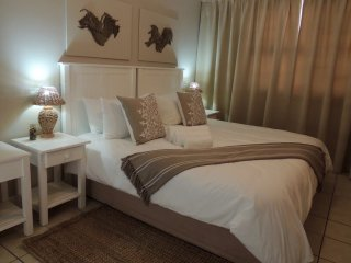 La Mer Guest House Port Elizabeth King Room 11