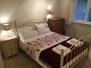 Lovely room in warm bright newly renovated house