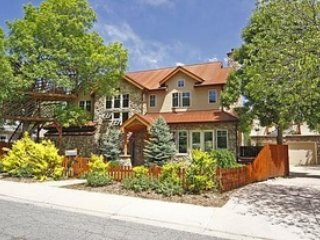 Beautiful Home in the Nicest and Most Walkable Boulder Neighborhood