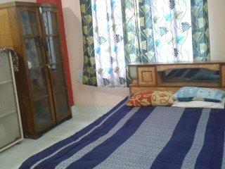 Room 2 Guest House with Cooking facilities in Apartment, location de vacances à Guwahati
